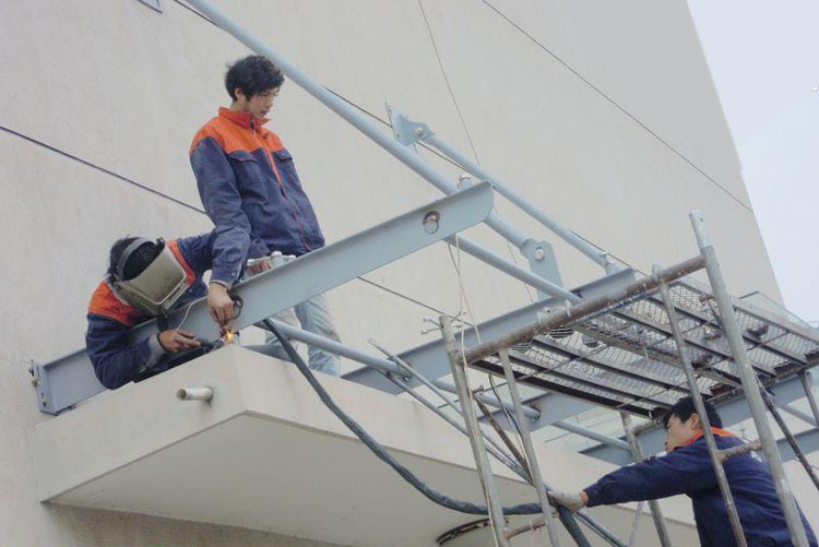 玻璃雨棚施工